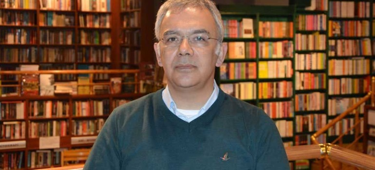 Prof. Dr. Kayıhan Pala savunmasını verdi
