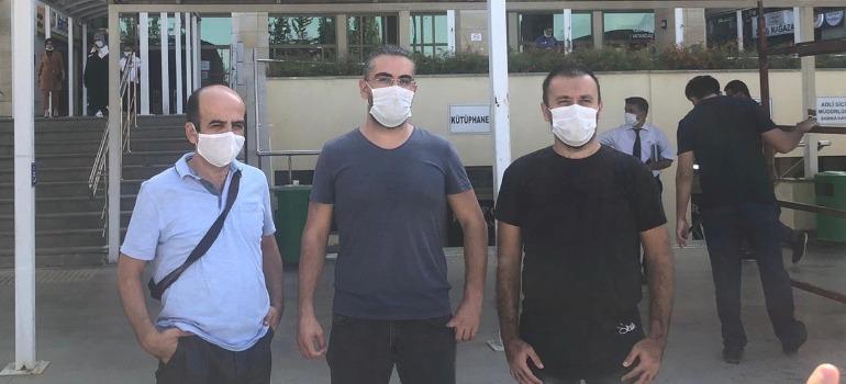 Antalya'da yerel gazetecilerin yargılandığı dava Ocak'a ertelendi